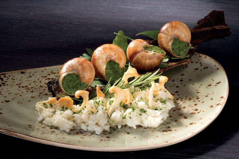 """Carnaroli """"La Mondina"""" cotto in bianco, lumache, aglio e prezzemolo"""
