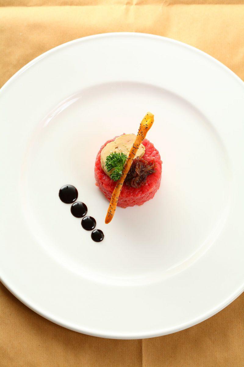 Coscia di bue, foie gras e cipolle di tropea