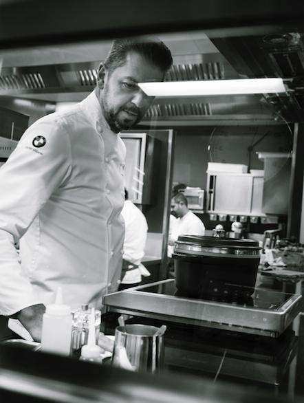 Dietro le quinte della cucina di Andrea Berton