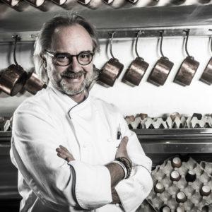 Un chef stellato a teatro: Marco Sacco interpreta Carême in uno spettacolo che omaggia Rossini