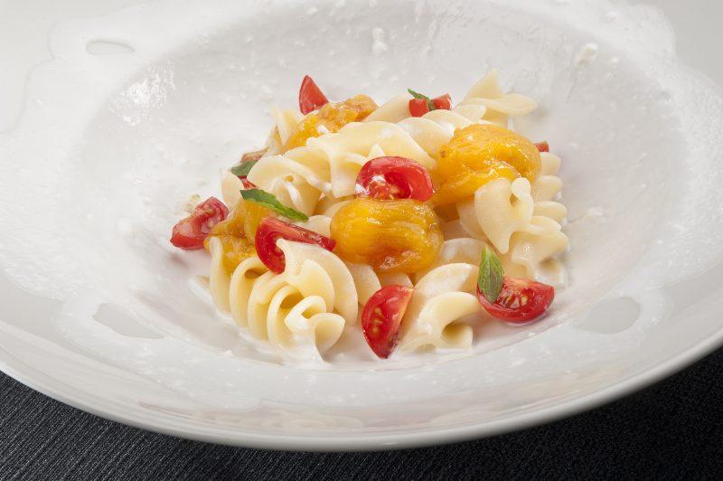 Bianco giallo e rosso. Pasta di Gragnano con Stracciatella di Bufala
