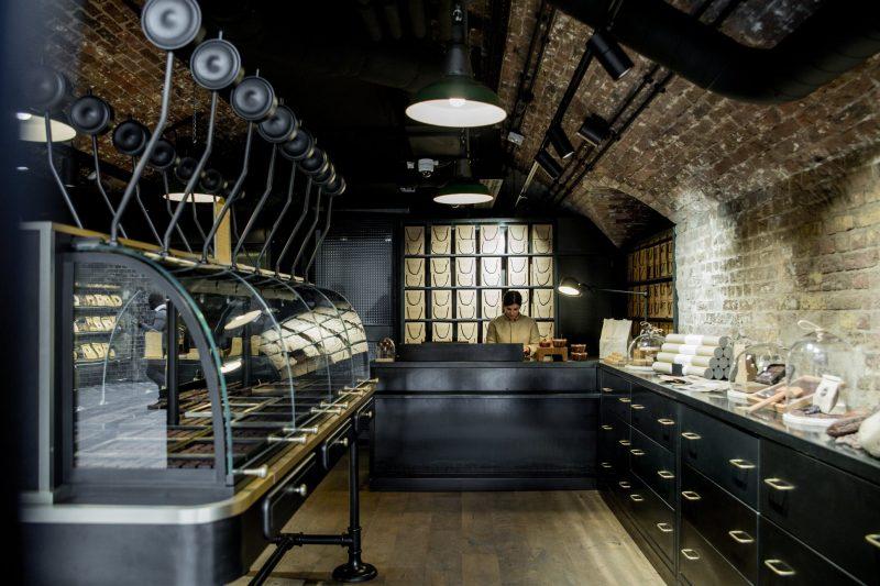 Alain Ducasse: il celebre chef alla conquista del cioccolato londinese da intenditori