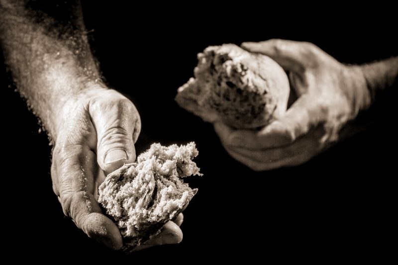 Stato di crisi: il pane muore? Ma va là!