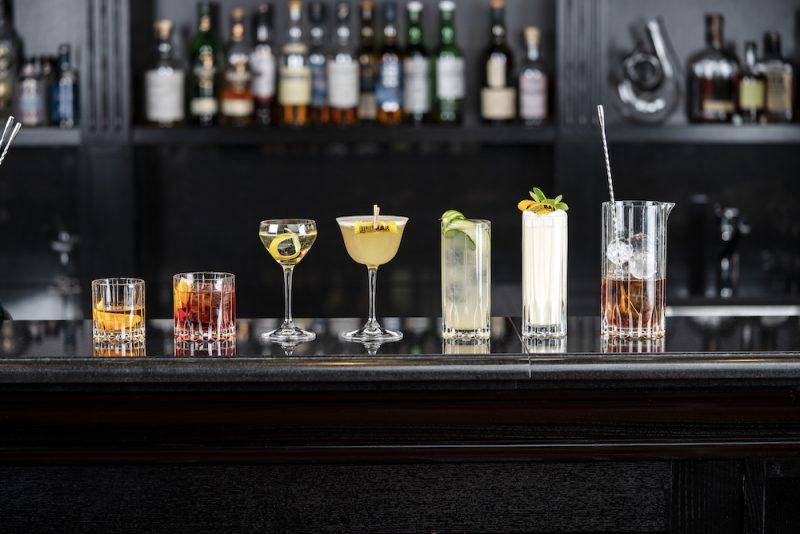 Guida al bicchiere giusto da utilizzare per ogni tipo di vino o bevanda