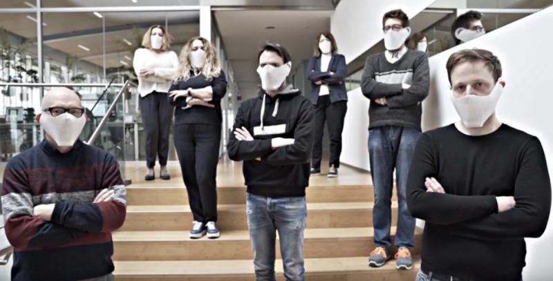Scotton riconverte la produzione e realizza 100.000 mascherine
