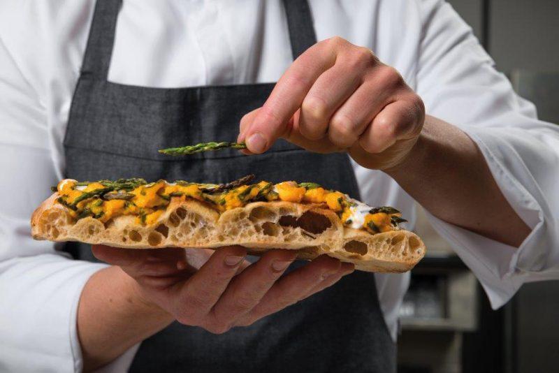 La nuova pizza è croccante: parola di Alessandro Lo Stocco